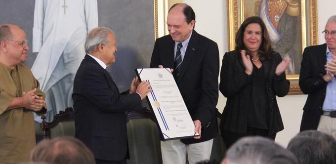 La Cooperación Alemana en El Salvador es galardonada con el Premio Nacional de Medio Ambiente