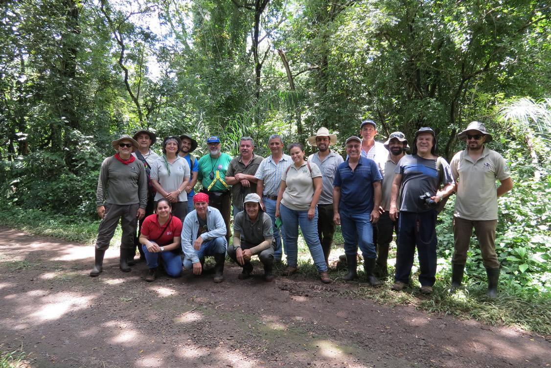 Se capacitan profesionales forestales para la aplicación de estándares de sostenibilidad en el manejo de bosques secundarios en Costa Rica