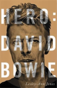 9788413622668-hero-david-bowie