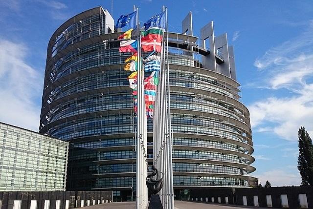 El Parlamento Europeo y el uso de antimicrobianos veterinarios